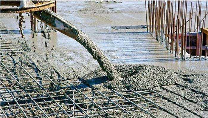 So sánh bảng chi phí đổ bê tông tươi và bê tông trộn thủ công
