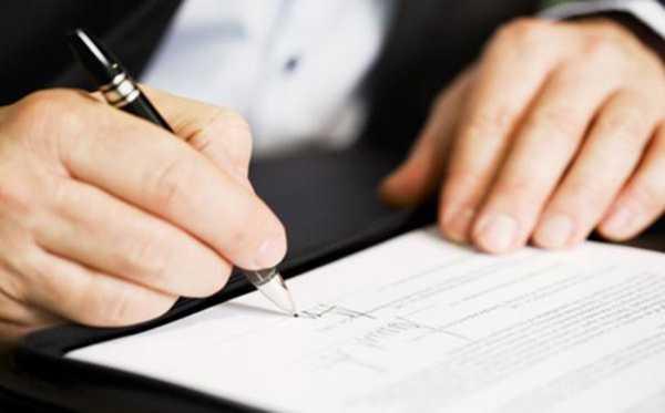 Công ty luôn cung cấp hợp đồng, giấy tờ pháp lý đầy đủ