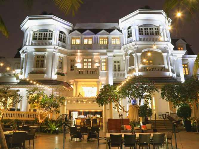 Biệt thự phong cách tân cổ điển cạnh sông Sài Gòn